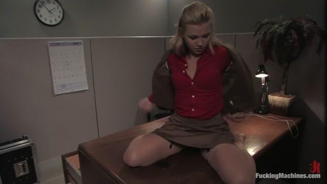 Katarina Kat in Fuckingmachines Video Bree olsen pov masturbation video