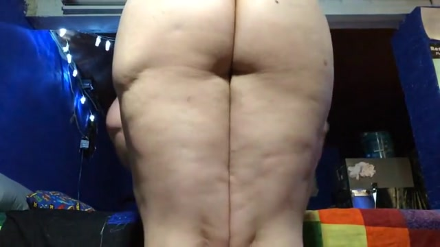 Sunday spanking (three for the day)