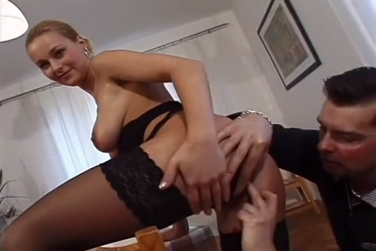 This Hot White Milf Gets Her Pussy Pleased By Mr Nice