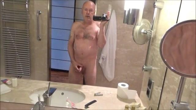 Ulf larsen peeing japanese wife game show