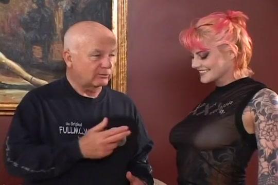 Dominant Wife in Cuckold Cucksucking