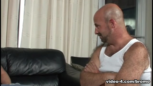 Bob Alottie, Jackson Rugger in Bears Seduce Twinks scene 3 - Bromo Couples throughout history