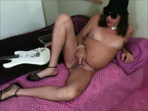Trans girl with a bold body beautiful small tits a sexy ass and a hard cock. Uk dating sites list visa