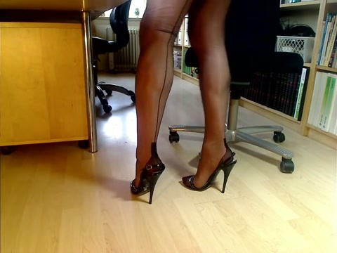 My legs in FF nylons and italian sandals how do you do a creampie