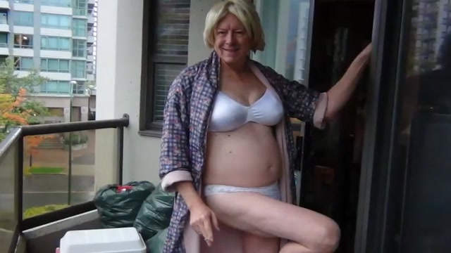 Naughty Gigi - dirty blondes love gay guide ft lauderdale