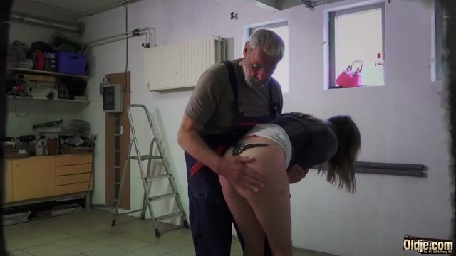 Teen fucks old grandpa cowgirl and doggystyle sex