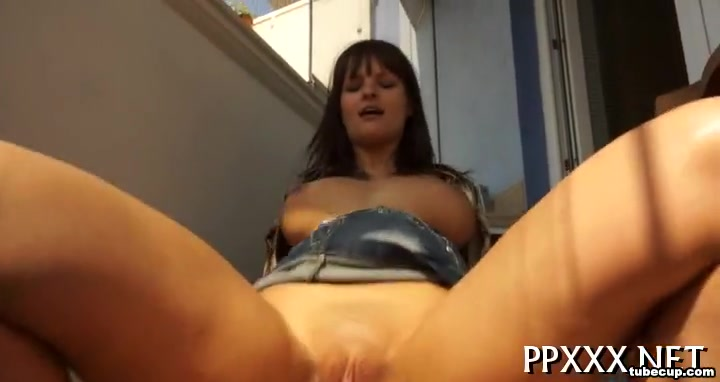 Steamy hot cock riding How to conquer a woman heart