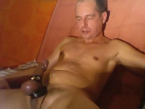 Handsfree e-stim cum shot smooth gay boy vids