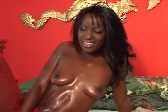 Two Strapons One Girl Gets Fucked Good Amateur dressed undressed blowjob