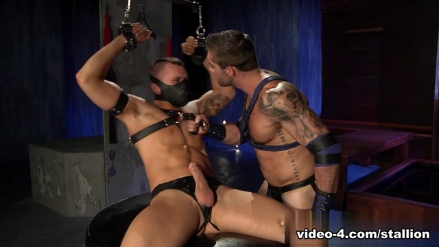 Derek Parker & Jake Genesis & Tate Ryder in The Dom Video Maria Moore Tube