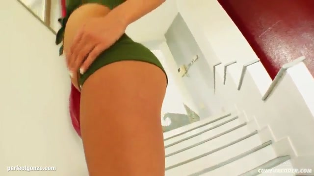 Facial group cumshots for Eleonor on Cum For Cover in a blowbang scene Melissa Sagemiller Bikini