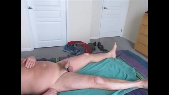 Stroking and sucking another hot-waxed wad from farmer 200 pounds and sexy
