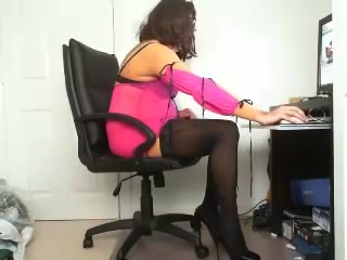 Crossdressing Sissy Tranny Slut on CAM Dating site without postal code