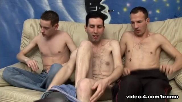 Bareback Youth Hostel #3 scene 4 - Bromo A guy masturbate video