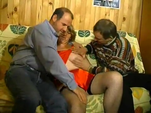 Mature bi threesome