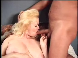 busty blond Mom fucks with two guys Do white guys like natural hair