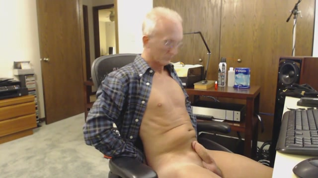 Open shirt jackoff Celeste and Lux love licking wet pussy
