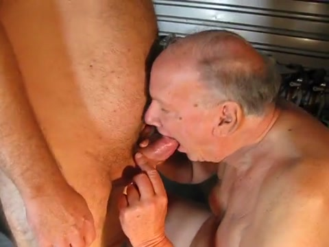 Garage play amateur mature clip movies