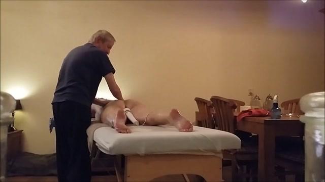 Massage 1 tom brady no shirt