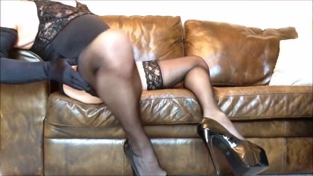 Lisa long legs in black nylons and heels (3) Ankit gupta and harshita gaur dating