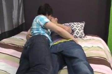 junior men fuck 4 Big tits and ass lesbian pissing