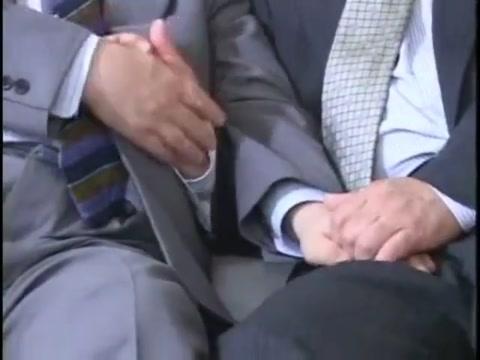 Japanese old man-1 Naked women penetration images