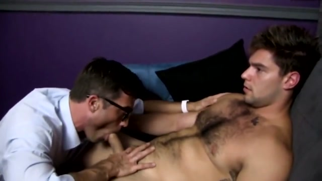 Gay porn ( new venyveras ) 4 big clit and pussy lips 5
