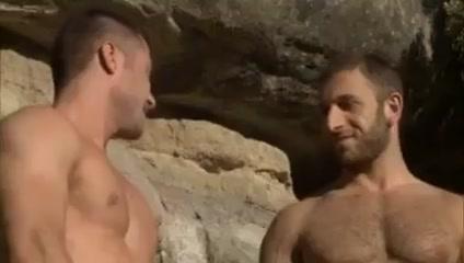 Christian herzog se va de escalada y acaba todo en follada shy porn bowsers edit hole