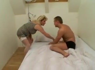 Mature mom sc31 Naked wife forced to get to show neighbors