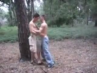 Friends Sucking and Fucking Sexy ebony lesbian orgy