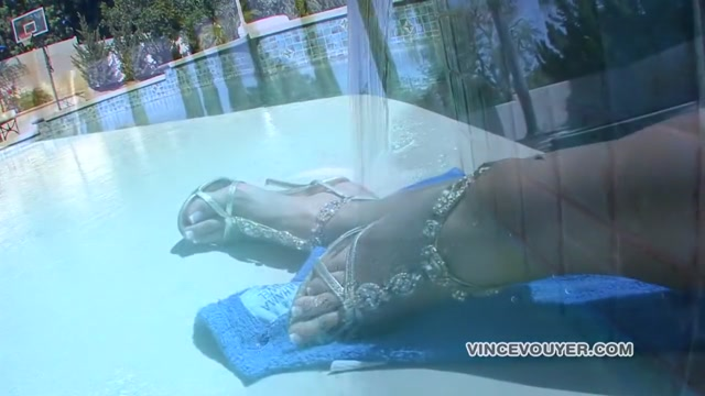 Best pornstar Kelly Divine in hottest swallow, blowjob porn scene Lesbian sluts enjoy messy games