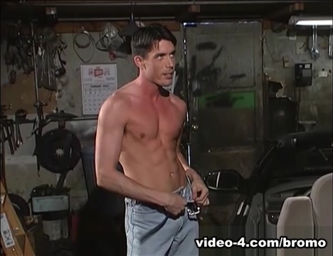 Johnny Brosnan & Richie Fine in Pistons Scene 1 - Bromo Black orgasm movie