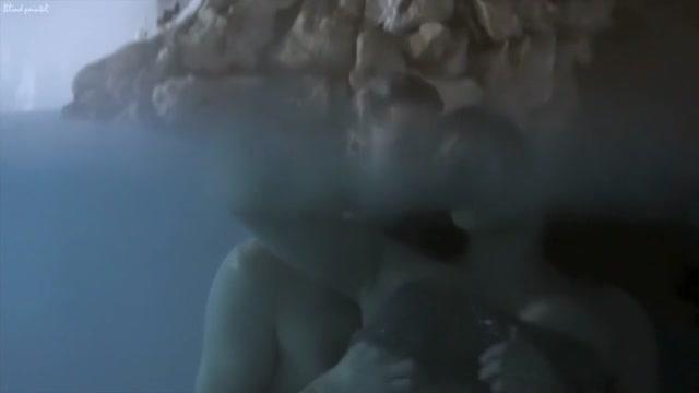 Wrong Turn 6 (2014) Roxanne Pallett tomb raider nude figure