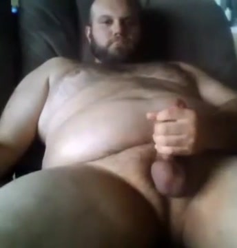 Sexy big bear jerking off using poppers Giant dildo pictures