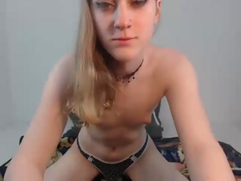 Shemale college girl Cam 2 Naked girls with a guitar