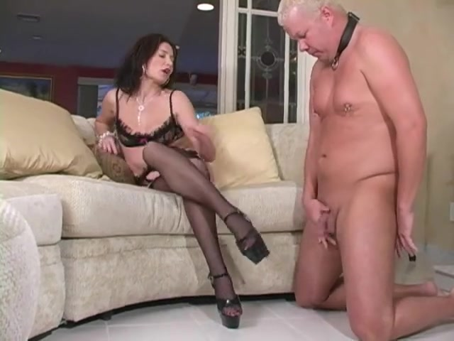 Female-Dominator demands thrall to cum on her heels My life easy