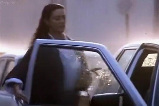 Vita coi figli (1990) - Monica Bellucci