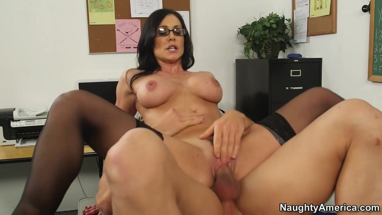 Kendra Lust & Johnny Castle in My First Sex Teacher Whats A Good Hookup Site Username