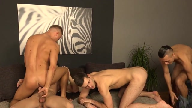 Gay Porn ( New Venyveras3 ) 1 Babe is groaning during snatch drilling session