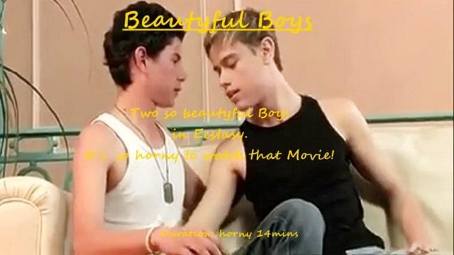 Beautzyful college girl-Boys Curvy sexy wife