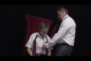 Daddy hilft Sohn Taylor bow cumshot movie