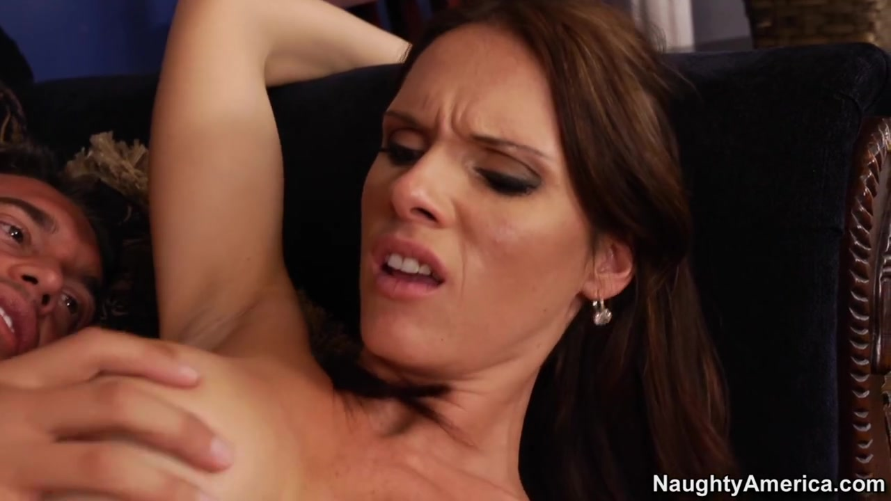 Jennifer Dark & Rocco Reed in Neighbor Affair Big Beautiful Tits Videos