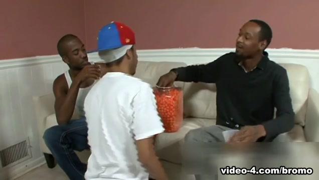 Jah & Rabbit & Tek in Thugporn Hazing #2 Scene 3 - Bromo Public ebony