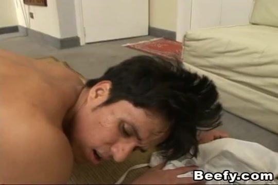 Muscular Gay Really Likes Ass Fucking Big tits milf stepson shower
