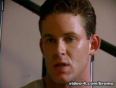 Christian Fox & Ken Ryker in The Matinee Idol Scene 7 - Bromo Monique lets Xander cums on her mouth