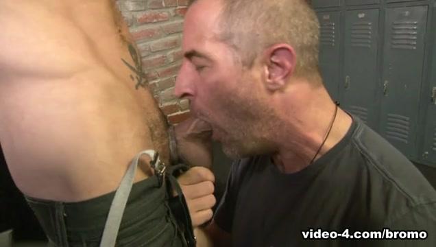 Top Dogg Returns Scene 2 - Bromo Lesbian oil and shaving orgy