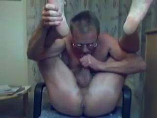 HARRI LEHTINEN LOVES TO SUCK HIS COCK AND BANG HIS MANPUSSY! Extreme Closeup Cum In Mouth Snowball