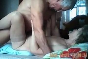 Senior couple 18
