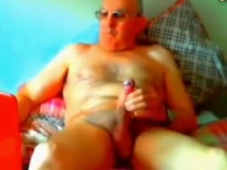 Big wanker Man with biggiest dick in world