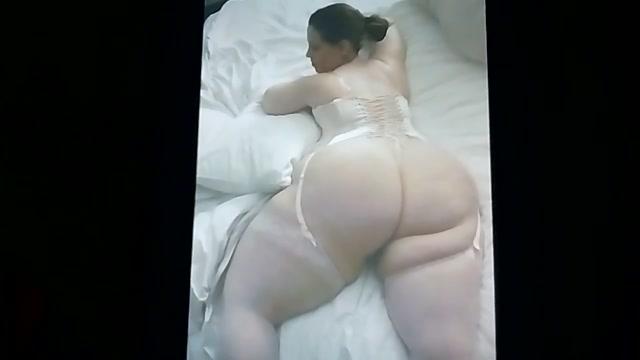 Her BigFat BootyFull Ass is made for Deep&Hard DoggyBanging An ios